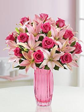 Vazoda Pembe Güller ve Lilyumlar
